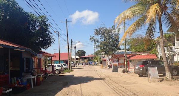 Placencia-Main-road.jpg